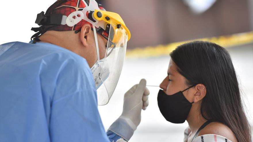 Las cifras de covid-19 en Colombia siguen bajando y reportan 11.244 nuevos casos