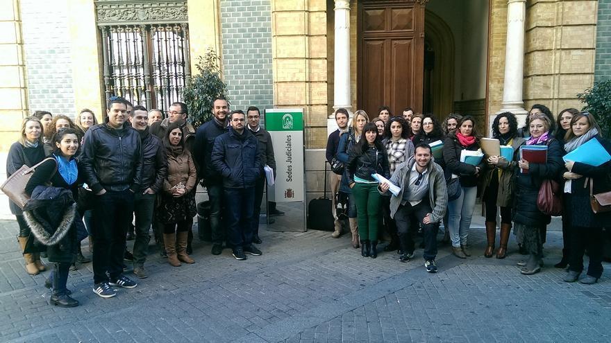 Afectados de 'Capítulo 6', ante los juzgados de Huelva por un juicio planteado por un trabajador de la UHU