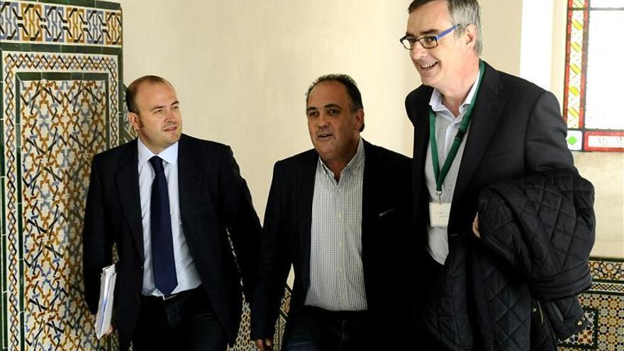 Ciudadanos no negociará la investidura de Díaz sin la dimisión de Chaves y Griñán