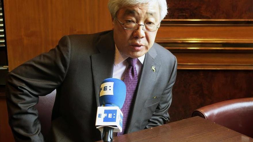 Kazajistán espera ayudar en la solución de la crisis siria
