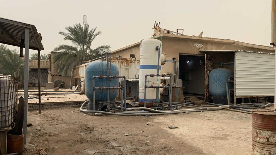 Una planta privada de desalinización y filtrado de agua que vende agua potable en Basra.