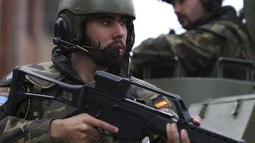 Soldados españoles en Kosovo.
