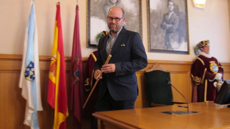 Martiño Noriega, de Compostela Aberta, investido alcalde de Santiago