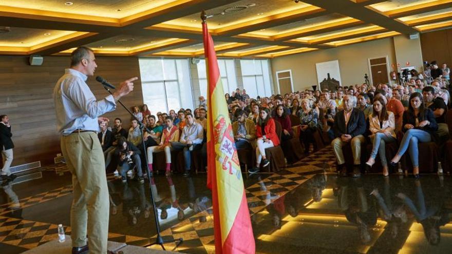 Ortega Smith: Cs no ha disimulado más y se ha puesto de rodillas ante el PSOE