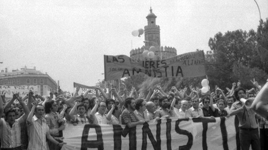 ccoo 1976 amnistía.jpg