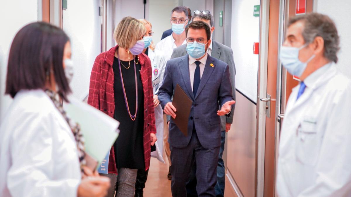 Vergés y Aragonès, este miércoles en el Hospital Clínic