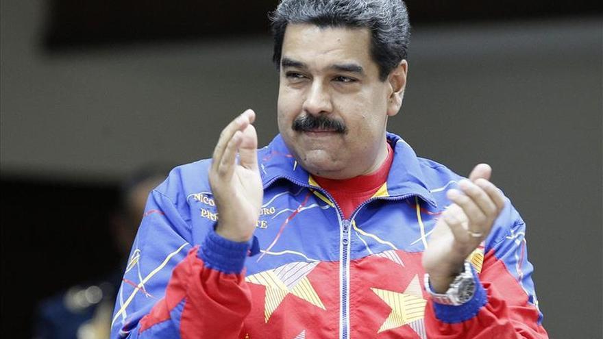 """Maduro pide no dejarse presionar por """"extremistas"""" en huelga de hambre"""