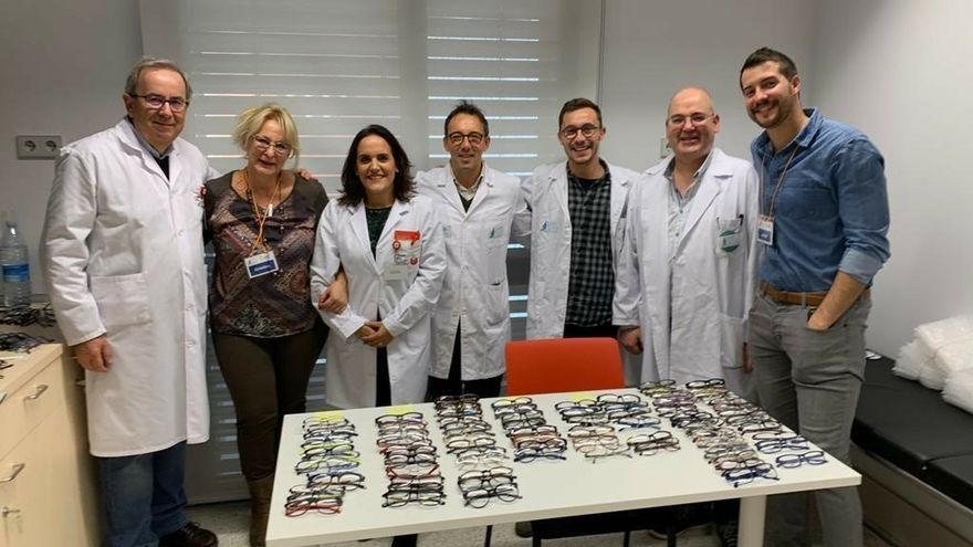 El proyecto 'Ver para crecer' entrega 92 pares de gafas a personas en situación vulnerable de Navarra