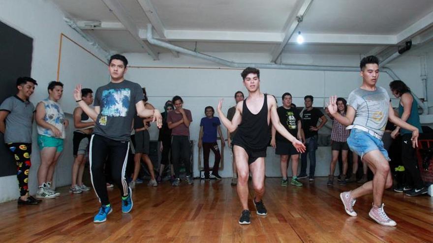 """El """"vogue"""", el baile que combate la discriminación LGTB en México"""