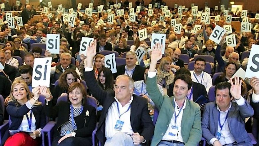 Los dirigentes populares dan el 'sí' a Isabel Bonig como presidenta del PPCV en el pasado congreso regional