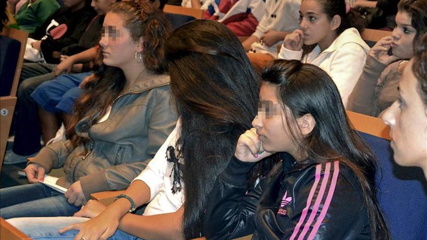 Las mayores discriminaciones a gitanos ocurren en prensa, empleo y vivienda
