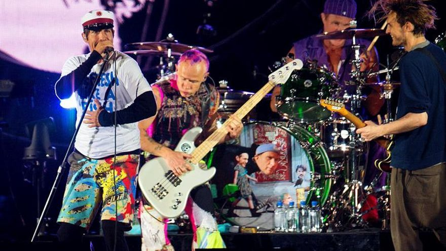 Madrid se rinde al embate de Red Hot Chili Peppers