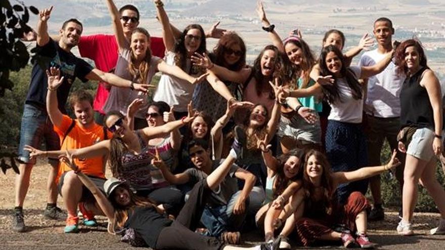 Voluntarios de Felicidad Sin Fronteras