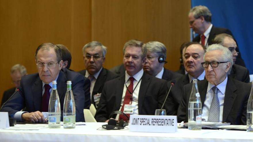 """Lavrov dice que """"las negociaciones no serán fáciles ni rápidas"""""""