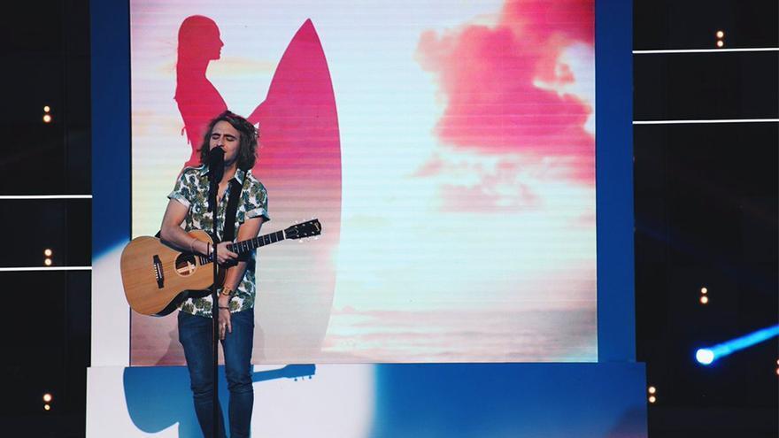 El joven fenómeno fan Manel Navarro, representante de España en Eurovisión 2017