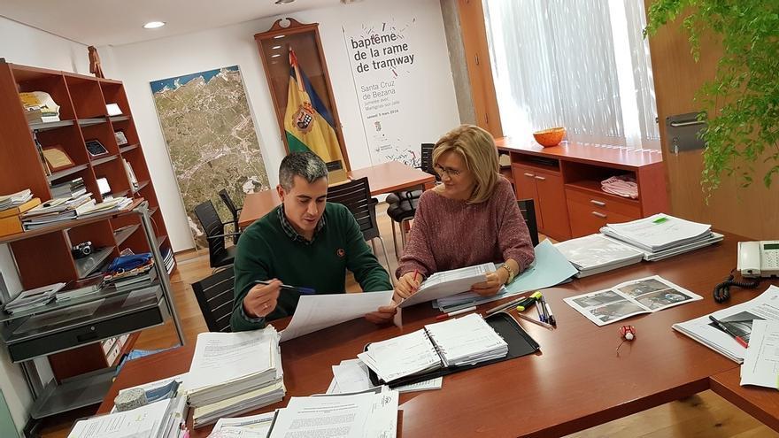 Santa Cruz de Bezana tendrá en 2017 un presupuesto de 9,2 millones y prevé reducir su deuda en un 33%