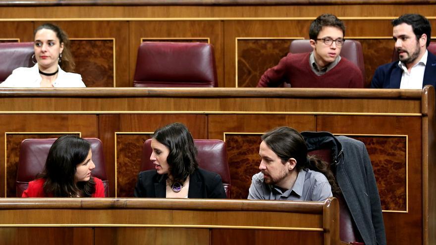 Los diputados de Unidos Podemos en su nueva ubicación en el Congreso de los Diputados, tras Vistalegre 2.