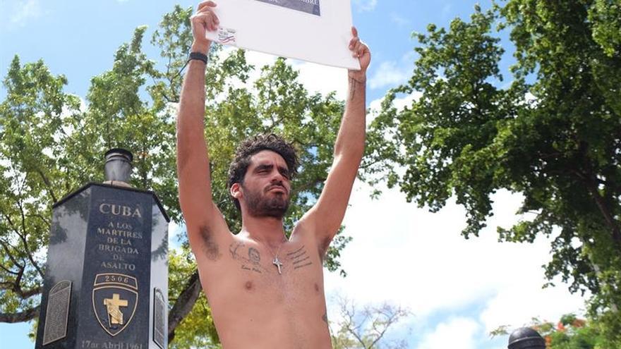 """Amnistía Internacional pide la liberación del grafitero cubano """"El Sexto"""""""