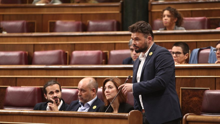 """Rufián reitera su condena de la violencia aunque cree que se hace un """"relato soez"""" para vincularla con el separatismo"""