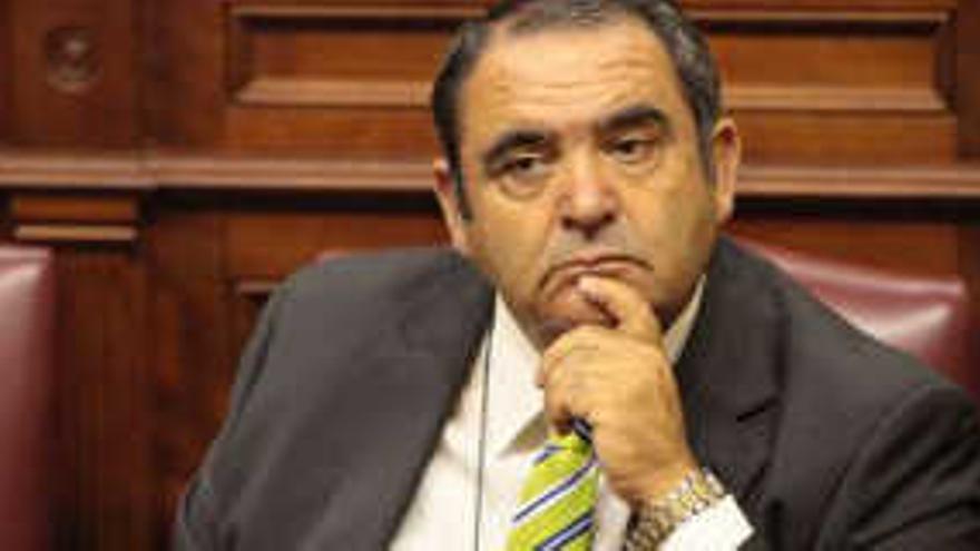 Agustín Padrón, ex alcalde de Valverde y ex diputado regional por el Partido Popular. EFE