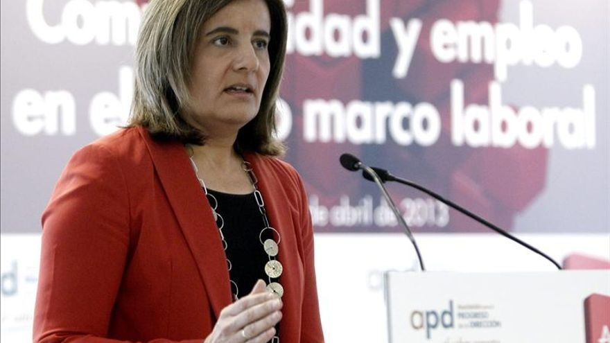 Báñez reitera que el contrato único no tiene cabida en la Constitución española