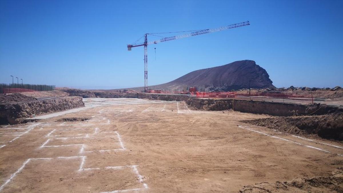 Obras en La Tejita para la construcción de un gran hotel