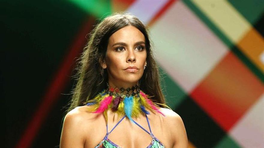 Cristina Pedroche debuta sobre las pasarelas con un biquini de Calima