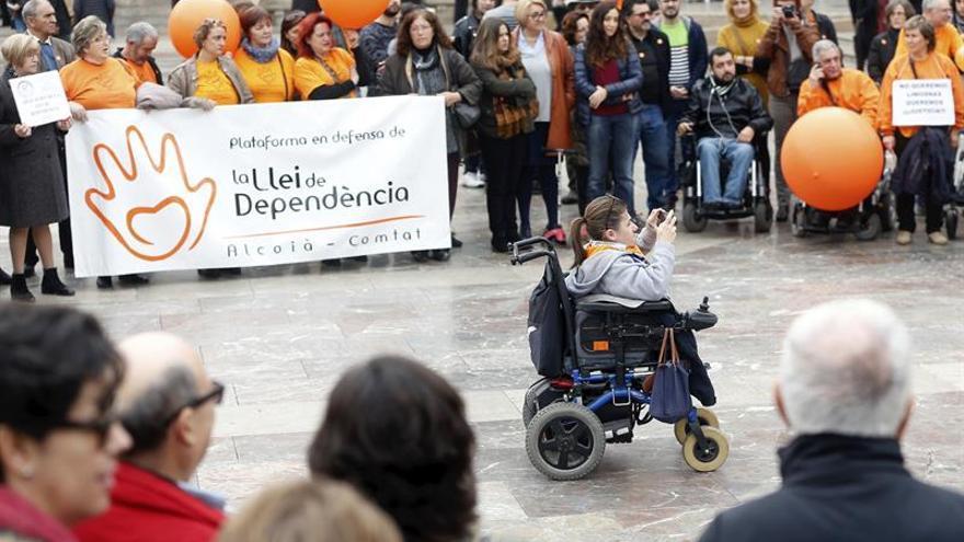 Castilla y León, Cantabria y La Rioja, donde hay más ayudas a la dependencia