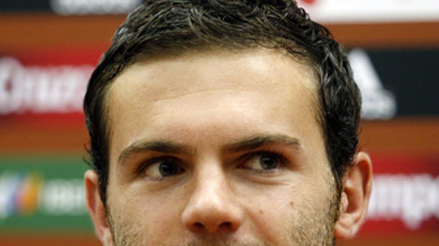 Juan Mata en rueda de prensa.