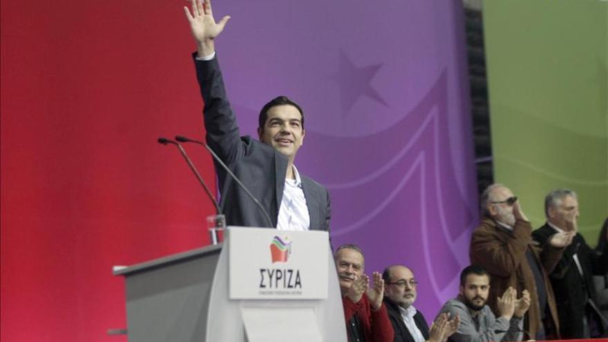 Alexis Tsipras, líder del partido de izquierdas griego, Syriza, en un mitin. / Efe