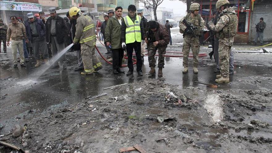 Un ataque suicida contra un convoy de la OTAN causa varias víctimas en Kabul