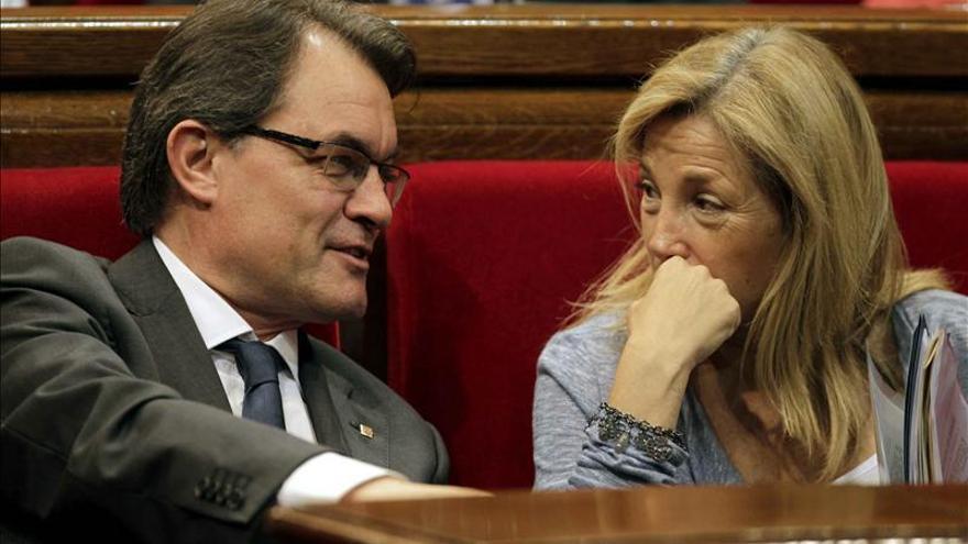 """Mas reprocha a Camacho que le falte sentido de medida y dice que no va más allá """"para no ofenderla""""."""