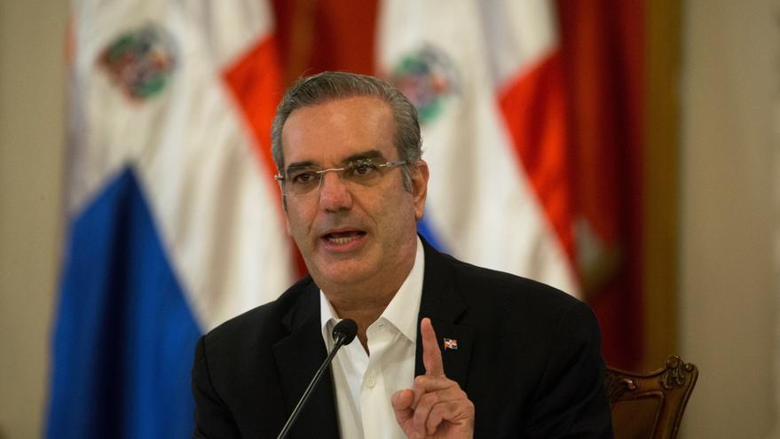 Presidente dominicano promete reformar Carta Magna para fortalecer Justicia