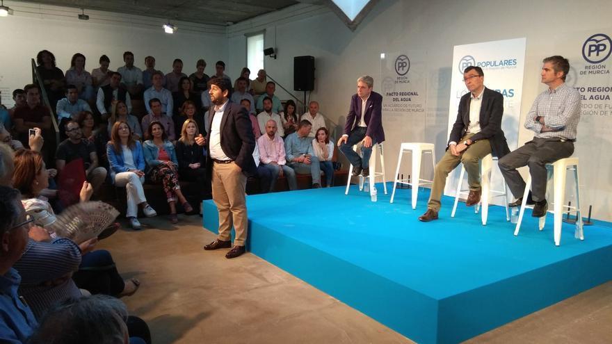 El presidente de la Región de Murcia, Fernando López Miras, en el acto de presentación del Pacto Regional del Agua