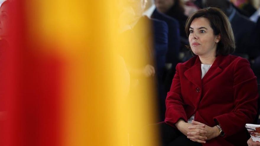Sáenz de Santamaría: Se ha recuperado el empleo femenino perdido en la crisis