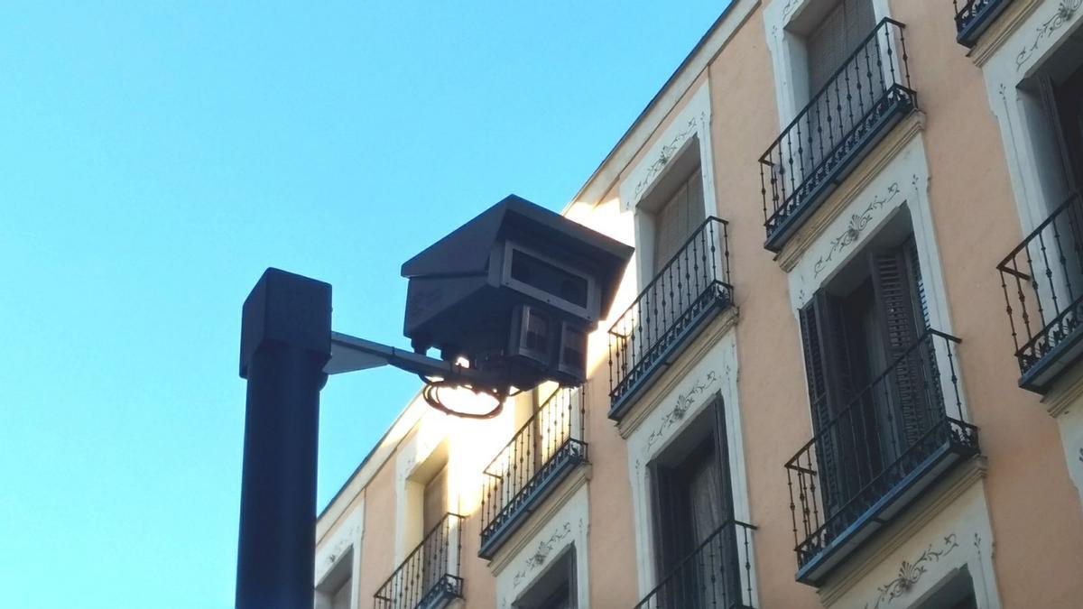 Cámara de control del tráfico en Madrid