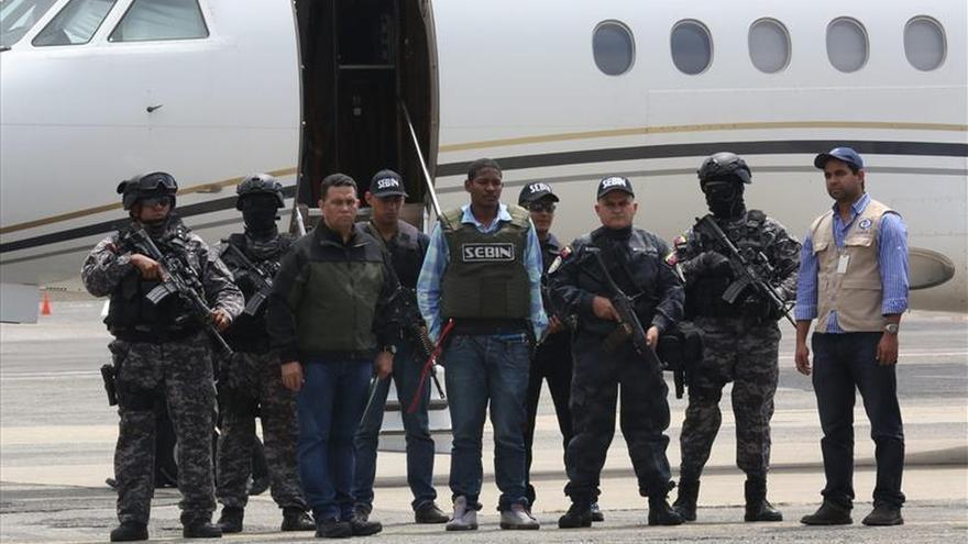 El presunto asesino del chavista Serra entregado a Venezuela desde Colombia