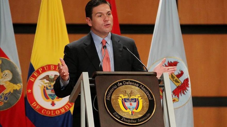 Colombia y Estados Unidos revisan la cooperación en el campo de la defensa