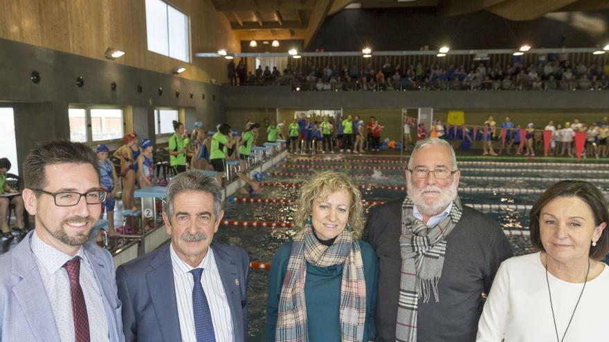 Inaugurada la piscina cubierta de Colindres tras cuatro años cerrada