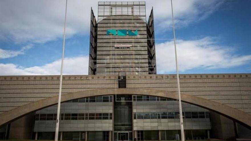 Edificio de Burjassot, en el que estará instalada À Punt y RTVV.