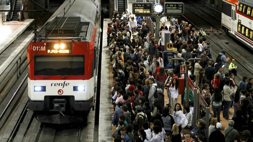 Andén de la estación de Atocha, en Madrid. / Efe