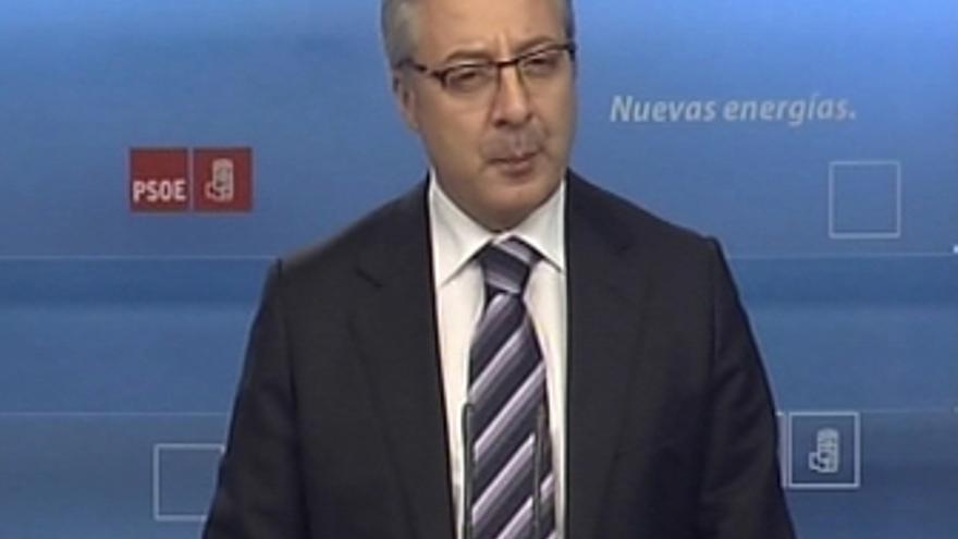 Blanco exige respuesta de Rajoy