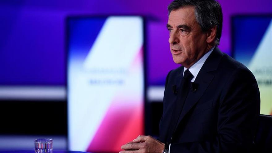 Fillon y Le Pen anulan sus actos electorales de mañana tras el ataque
