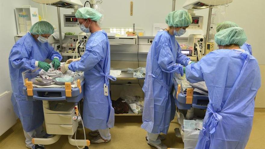 Los enfermeros cada vez se enfrentan a una mayor precarización