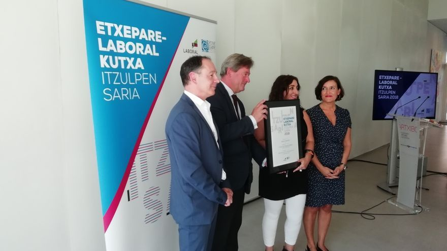Amaia Gabantxo, galardonada con el Premio de Traducción Etxepare - Laboral Kutxa
