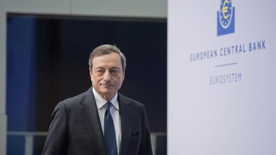 """Los """"cinco sabios"""" alemanes critican los tipos de interés mínimos del BCE"""