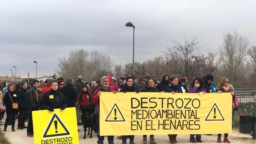 Marcha contra las obras en el río Henares