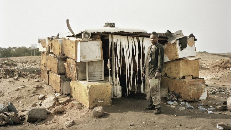 Uno de los refugios de los trabajadores de Agbogbloshie (Foto cedida por Valentino Bellini)