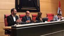 El Comisionado de Transparencia reclama que se multe a las administraciones que no cumplan sus mandatos