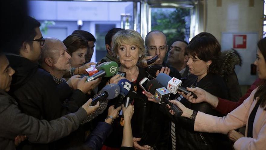 Esperanza Aguirre demandará a Pedro Sánchez por acusarla de ser corrupta